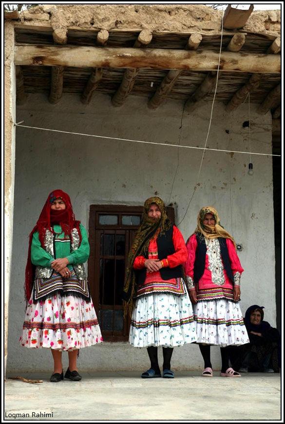 لباس زنان کرمانج در شمال خراسان